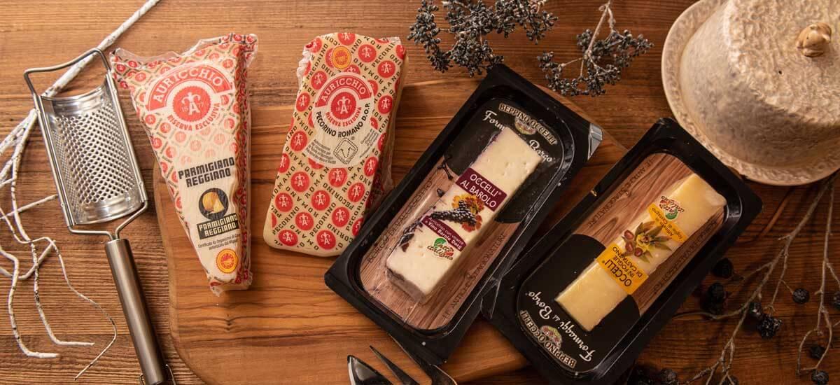 """イギリスの""""ガーディアン紙で世界一と称された作り手ベッピーノさんが手がけるバローロチーズと栗の葉チーズ"""